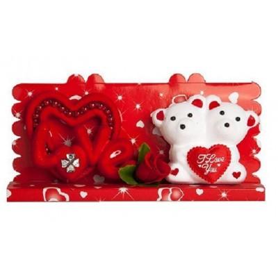جعبه Love و عروسک مناسب جهت هدیه دادن